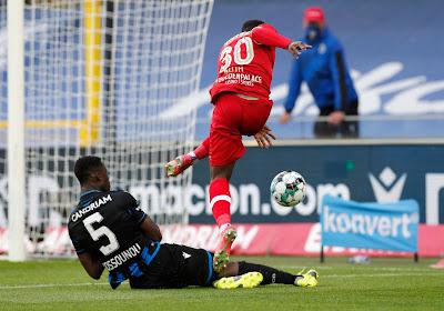 """""""Vorig seizoen werd hij nog uitgelachen door coach van een eersteklasser"""" - Philippe Clement komt terug op vertrek Kossounou"""