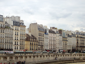 Photo: Riverside view, Paris, France