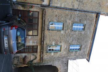 Maison 10 pièces 145 m2