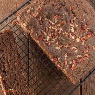 Simple Carob Cake.
