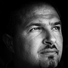 Autoportret by Aleksandar Milosavljević - People Portraits of Men ( face, people, pwc faces, gary fong, self portrait, selfie,  )