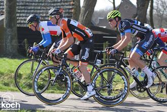 Photo: 12-03-2017: Wielrennen: Dorpenomloop: Rucphenpeloton, sfeer, Maarten van Trijp, Raymond Kreder, Cristian Raileanu
