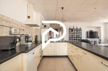 Appartement 5 pièces 153,6 m2