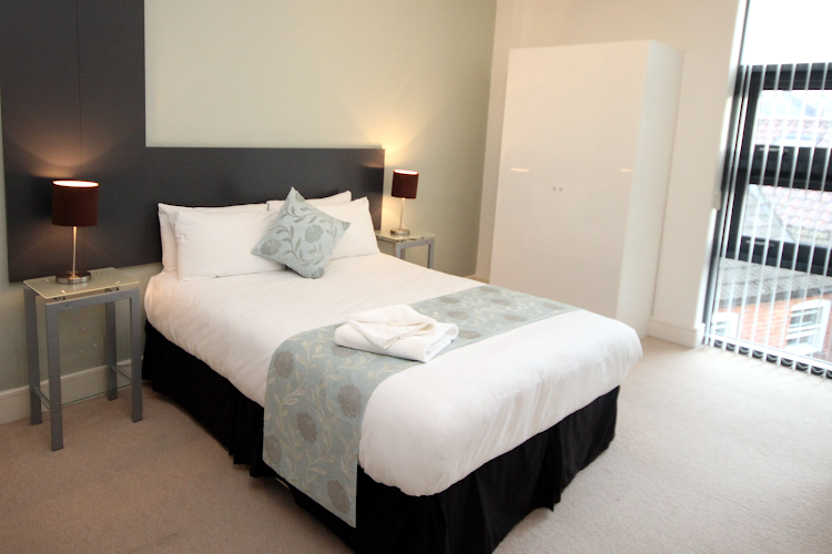 Double bed bedroom at Friars Gate PU