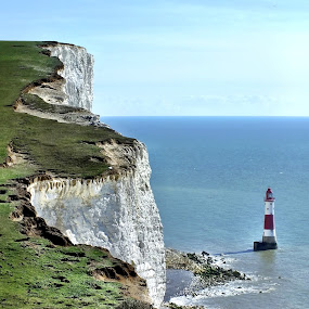 Beachy Head Lighthouse by Ludwig Wagner - Instagram & Mobile iPhone