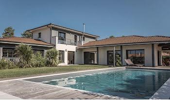 villa à Lanton (33)