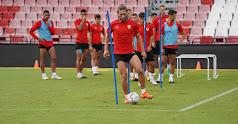 Pedro Mendes en el entrenamiento de este jueves.