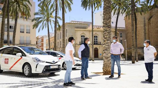 Nuevas ayudas al sector del taxi en Almería: 500 euros a cada licencia