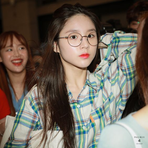 heejin plaid 17