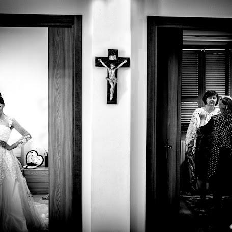 Wedding photographer Cristi Sebastian (cristi). Photo of 05.06.2017