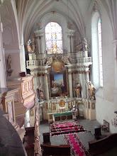 Photo: Dwudziestoparometrowe prezbiterium