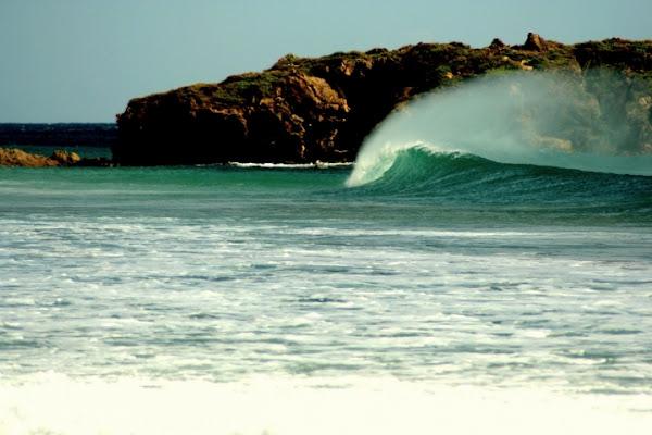 Lui crea le onde e le accarezza... di ChristianGiulianetti