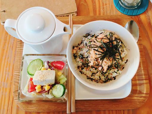 輕食 鮭魚茶泡飯  日式早午餐🎀
