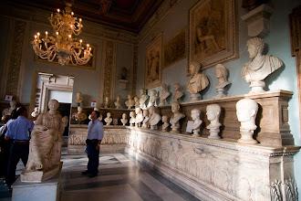 Photo: Patsaita Capitolium-kukkulan museoista.