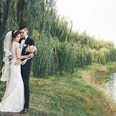 Wedding photographer Aliya Azamaeva (Spring-Swallow). Photo of 20.10.2016