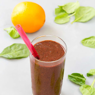 Berry Green Smoothie.