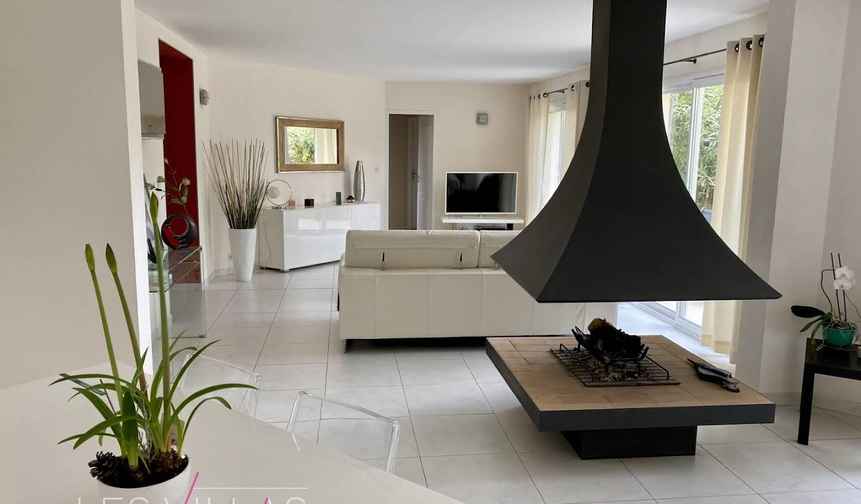 Maison avec terrasse Bruges