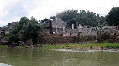 Photo: По берегам стоят красивые и весьма необычные строения