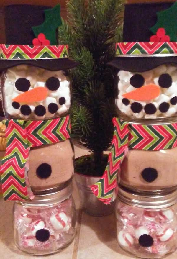 The Let It Snow Hot Chocolate Mix, Fills The Middle Jar Of These Adorable Snowmen.