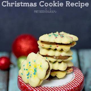 Simple Spritz Christmas Cookie.