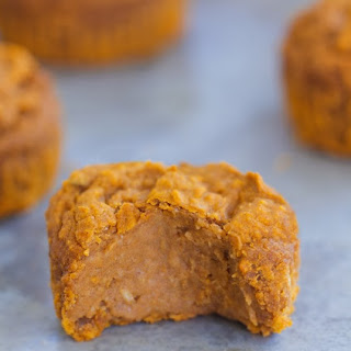 Flourless Pumpkin Blender Muffins – Vegan & Oil-Free!