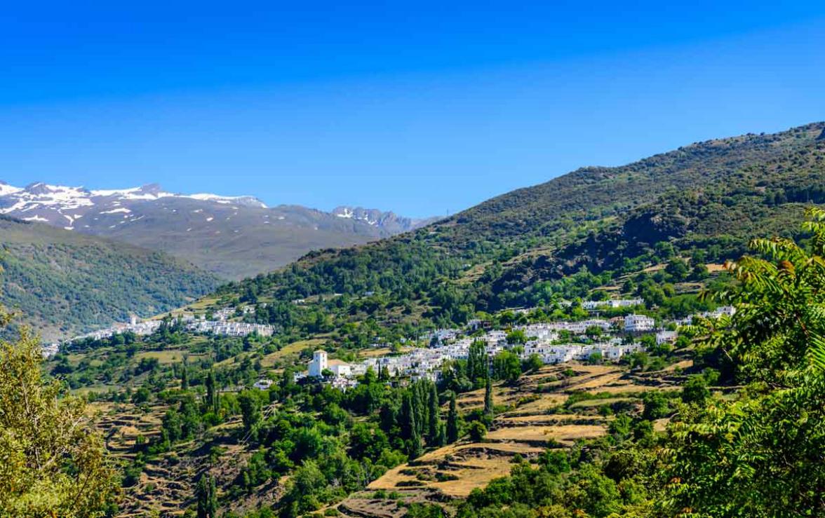 Visitar y viajar a la Alpujarra granadina