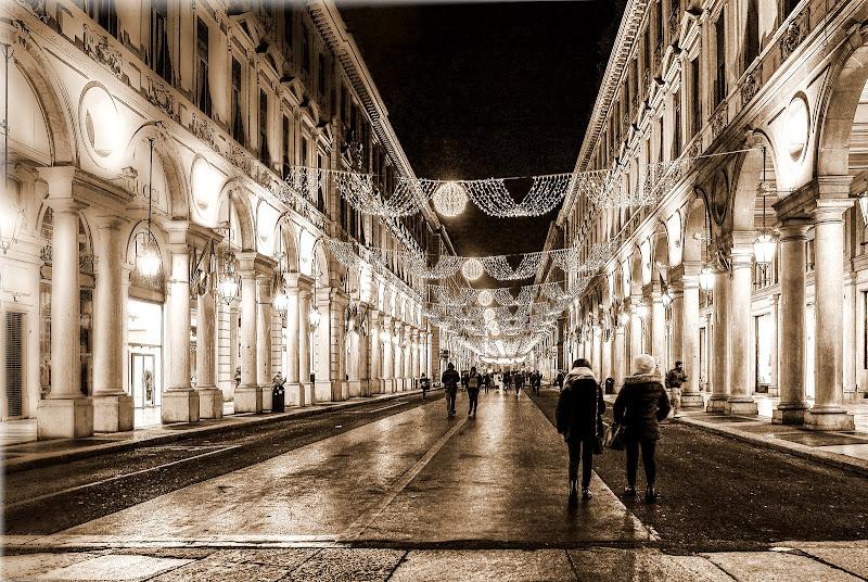 Luci a Torino di FZATOX