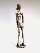 """Photo: """"kleine Schlanke"""" 2011, 150,00, silbern patiniert150,00,Höhe 18cm"""