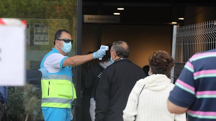 Los rastreos masivos también han llegado a Almería, en concreto a Pulpí, debido a su alta incidencia.