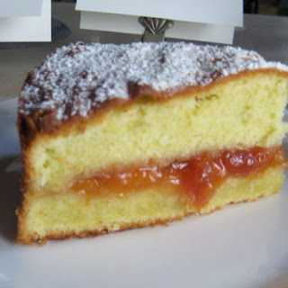Karen DeMasco's Almond Cake with Apricot Preserves.