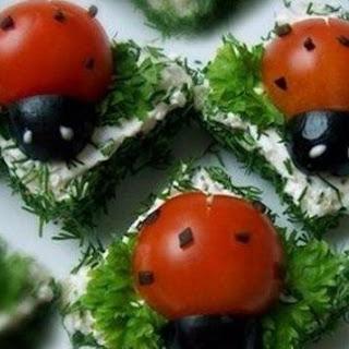 """Canape """"Ladybugs"""""""