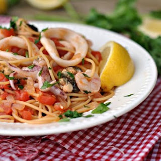 Seafood Pasta With Olive Oil Recipes.
