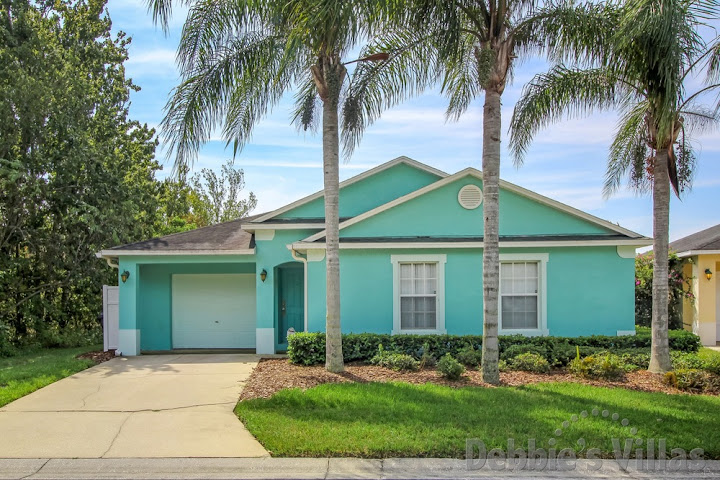 Orlando villa, gated community, near Disney, southeast-facing pool, conservation view, games room