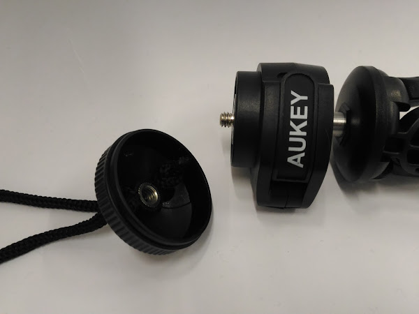 Aukey CP-T01  三脚
