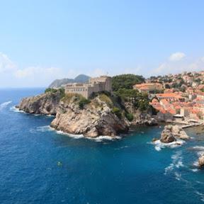 クロアチア・ドゥブロヴニクのアドリア海に突き出た美しいロヴリイェナッツ要塞を訪ねて