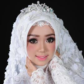 Beauty Bride by Muhammad Sugiharto - Wedding Bride