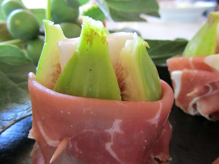 Figs with Goat Cheese and Ham Recipe