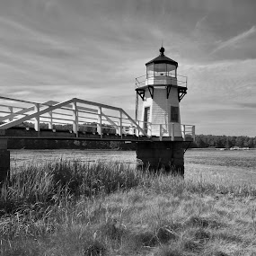 Doubling Point Light by Joe Fazio - Black & White Buildings & Architecture