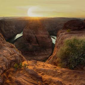 The majestic Horseshoe Bend by Tin Tin Abad - Landscapes Sunsets & Sunrises ( monuments, sunset, travel, rock formation, river )