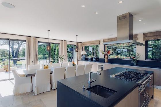 Vente villa 9 pièces 470 m2