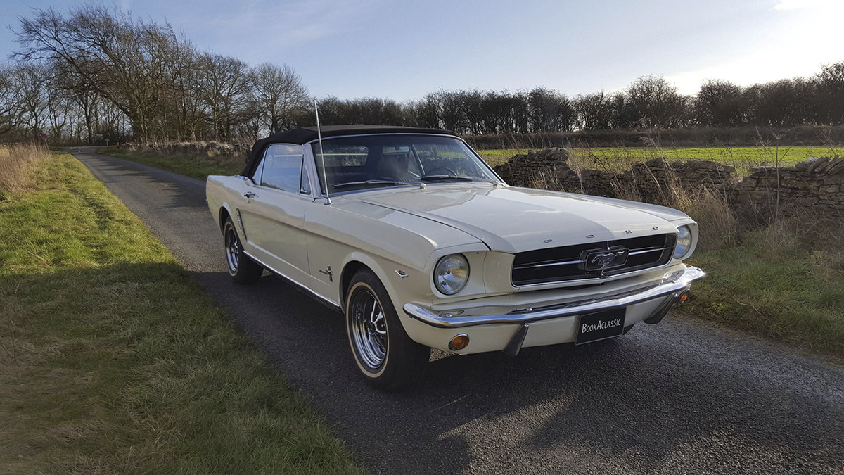 Ford Mustang Hire Oxford