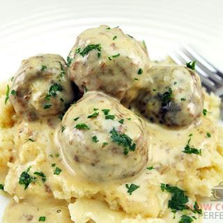 Slow Cooker Swedish Meatballs.