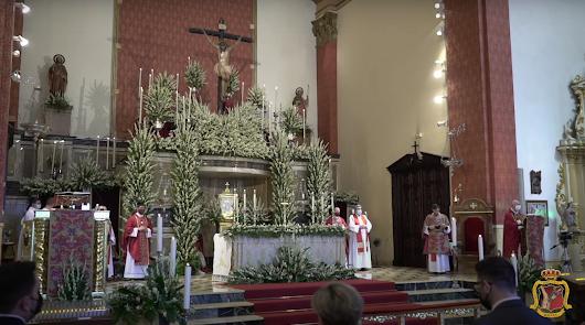 Devotos y peregrinos viven las misas en honor al Cristo de la Luz en su gran día