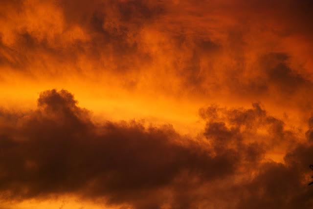 a mennyei firmámentum színeváltozása
