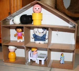 Eco blog sa maison est en carton - Voir la plus belle maison du monde ...