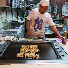 【異国グルメ】台湾で3番目ぐらいに絶対食べたいB級グルメ9選 / だいたいどこでも買える