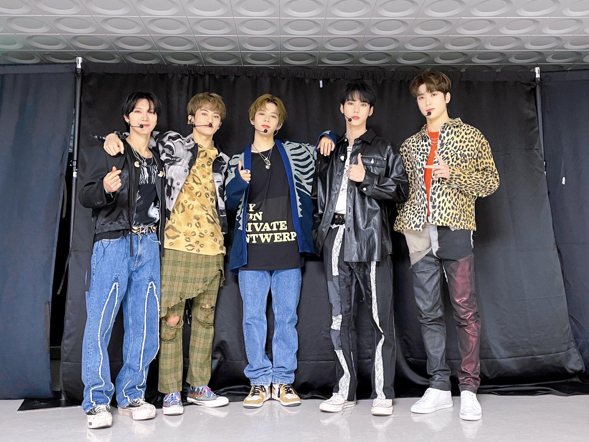nct ten mark shotaro doyoung jaehyun @NCTsmtown