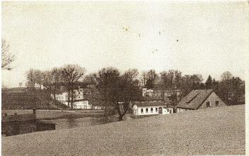 Photo: Zameczek i karczma, prawdopodobnie okres II Wojny Światowej.