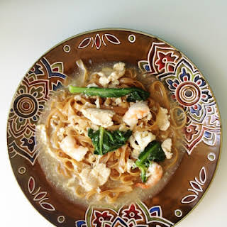 Flat Noodles in Egg Gravy (Wat Tan Hor).