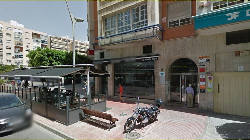 La pastelería ocupará el local ocupado  hasta ahora por Piscolabis, junto a la Rambla.